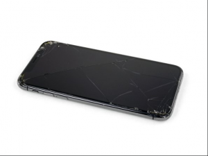 Cracked iPhone XS Screen Buyback